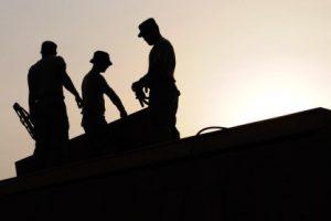 Urteil: Arbeitnehmerüberlassung – Fiktion eines Arbeitsverhältnisses – Verwirkung des Rechts, sich auf das Bestehen eines Arbeitsverhältnisses zu berufen